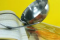 固形のカレーのルーを上手に溶かす方法
